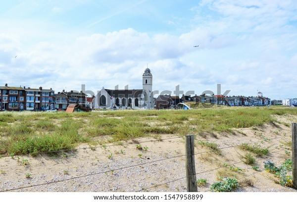 white-church-katwijk-600w-1547958899.jpg