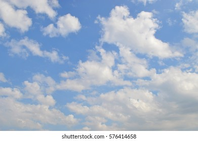 White cloud in blue Sky