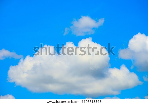 The white cloud and blue sky