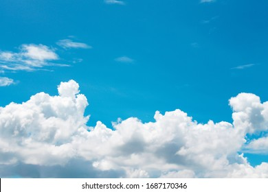 White clouds patterns on bright bluesky background