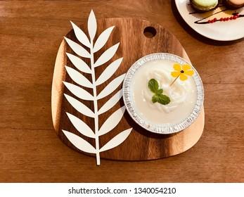 white coconut cake