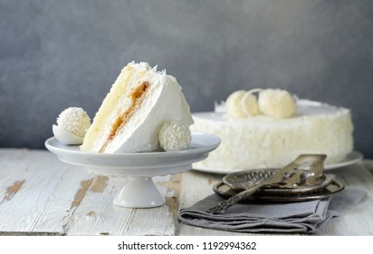white coconut cake with creamy cream