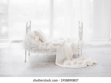 White composite for newborn photosession with bed, fur and pillow. Infant digital background for baby photography.