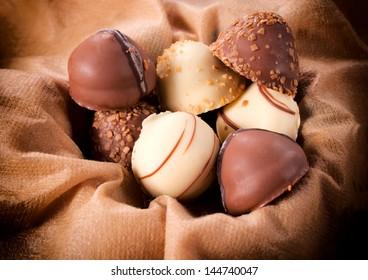 White and dark chocolate Belgium pralines