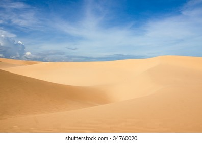 white dunes and blue sky in vietnam