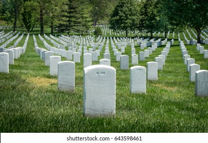 White grave sites at the Arlington National Cemetery in Washington DC