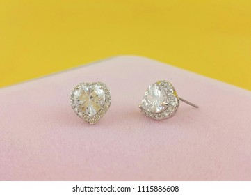 White heart earrings Beautiful Design of Jewelry Fashion Accessories for Women and lady Shiny crystal or diamond