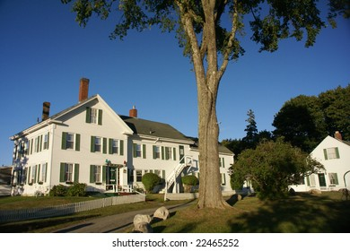 White hotel - bed & breakfast,  Southwest Harbor, Mount Desert Island, Acadia National park, Maine, New England