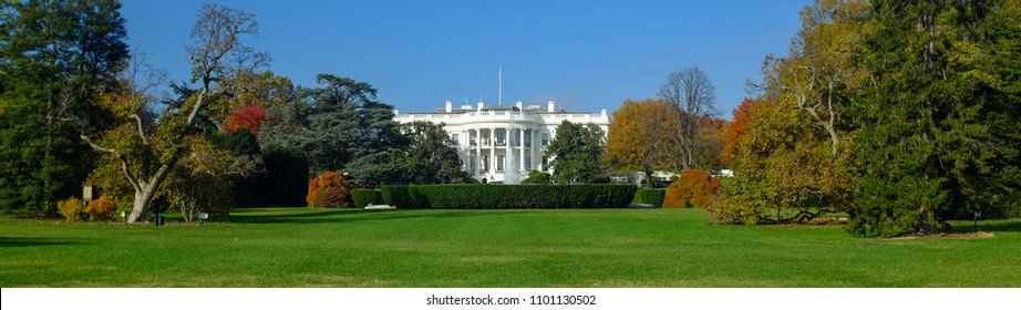 The White House in Autumn - Washington DC - United States