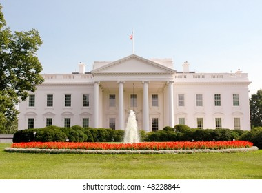 White House and fountain