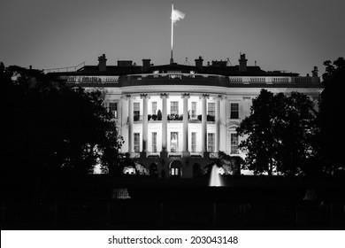 The White House at night - Washington DC - Black and White