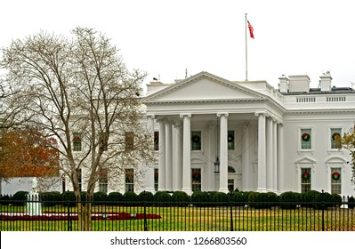 White House, official residence and workplace of President of United States. It is located at 1600 Pennsylvania Avenue NW in Washington, D.C.