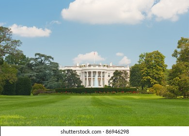 The White House in Washington; GPS information is in the file