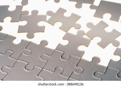 White jigsaw puzzle-Leisure game