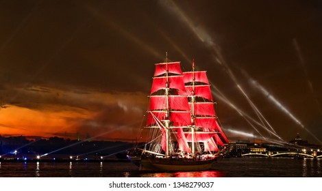 """White Nights Festival, The brig romantic ship """"Scarlet sails"""" sailing on the Neva river in St. Petersburg"""
