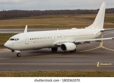 White Norwegian airlines boeing 737-800 LN-NGD (February 2020, Lithuania)