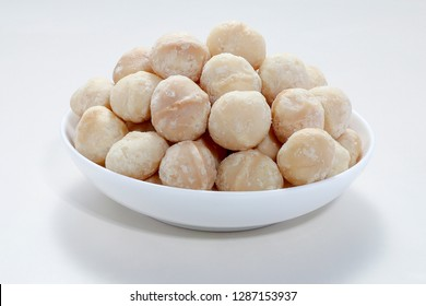 White nutty food on a plate