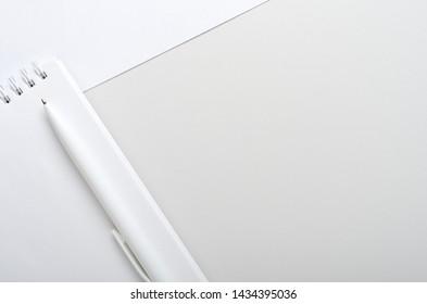 Photos Images Et Photographies De Stock De écrire Papier