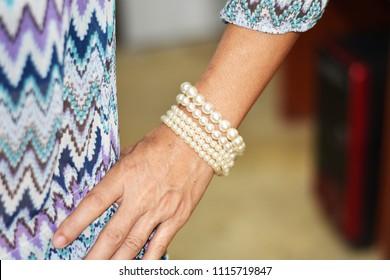 White Pearl at Women's Wristlet