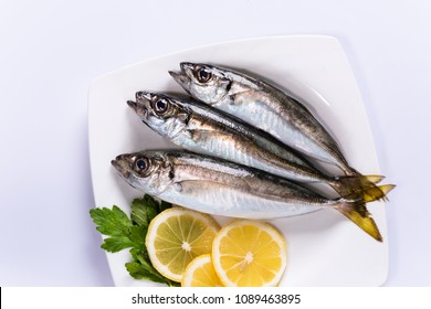 white plate of horse mackerel