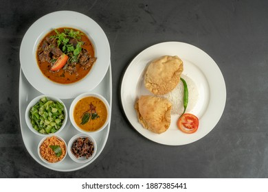white rice plate with curry top view food plate