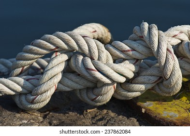White rope tied spiral, strength