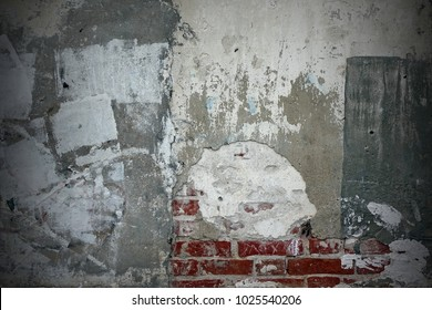 White Rough Graffiti Grunge Brick Wall With Abstract Draw Pattern Horizontal Background Or Texture. Elements And Details Of Old White Urban Brickwall With Grafiti Street Art. Street Art Concept