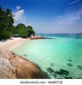 White Sand Beach on Ko Lipe Island ( Tarotao National Park - Thailand )