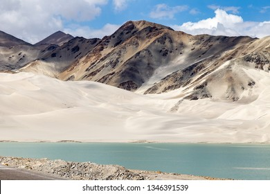 White Sand Lake along Karakorum Highway, Xinjiang, China. Connecting Kashgar and the Pakistan Border and crossing Pamir plateau, this road has some of the most spectacular views of China