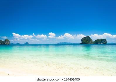 White Sand Sunshine Scene