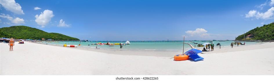 White sandy beach at Koh Lan, Pattaya Thailand