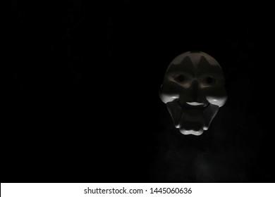 Unduh 440 Background Anonymous Gif HD Paling Keren