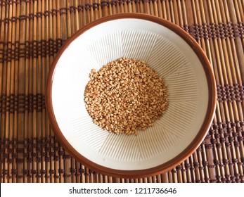White sesame seeds for Katsu
