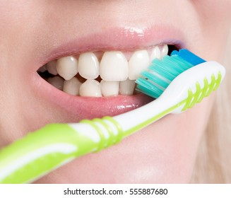 white smile after brushing your teeth