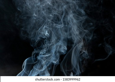 white smoke or fog blow to up against dark background - Image, good for food photography to show sizzlers, sizzling food, grilled cooking, grilled dishes, smoke in white background