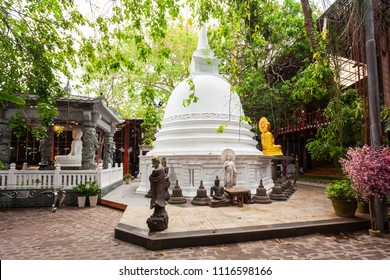 White Stupa at the Gangaramaya Temple in Colombo, Sri Lanka. Gangaramaya Temple is a buddhist temple with eclectic mix of Sri Lankan, Thai, Indian, and Chinese architecture.