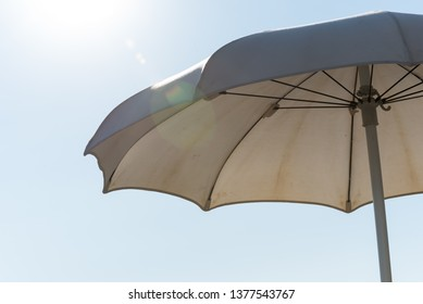 White sunshade open sunshade
