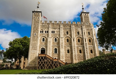 The White Tower - Main castle within the Tower of London and the outer walls in London, England. It was built by William the Conqueror during the early 1080s, and subsequently extended.