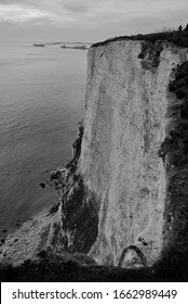 A white wall. The White Cliffs of Dover.