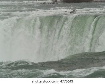 white water falls niagara