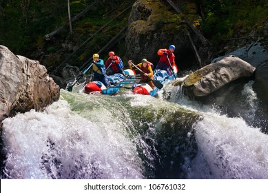 White water rafting on Chulishman River in Russia