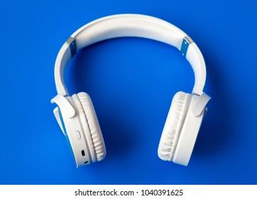 Bluetooth Headset Images, Stock Photos & Vectors | Shutterstock