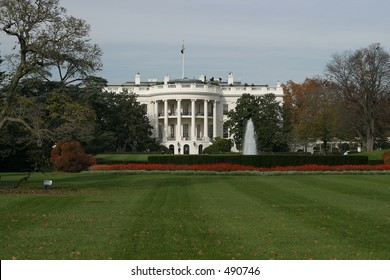 Whitehouse from South Lawn.