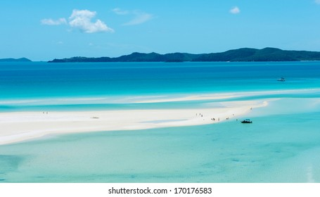 WHITSUNDAY ISLAND - DECEMBER 28: Whitehaven Beach view on December 28, 2013 in Whitsunday island, Australia. Whitehaven Beach is world famous for pure white sand and clear waters.