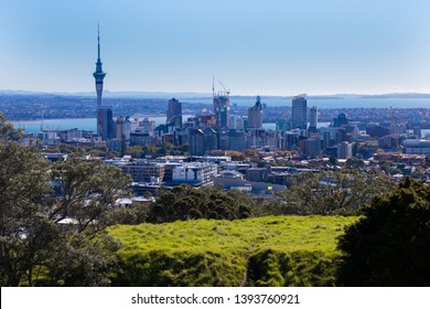 Whole city view at Mt. Eden in Auckland, New Zealand