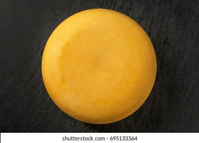 Whole whole gouda cheese from the Netherlands