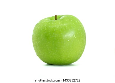 Whole of Green Apple(Malus pumila) isolated on white background.Sweet ,sour and freshness taste.Have a lot of fiber,vitamins and minerals.Food,Fruits or healthcare concept.Selective focus.