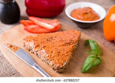 Wholemeal bread with a self made vegetarian spread