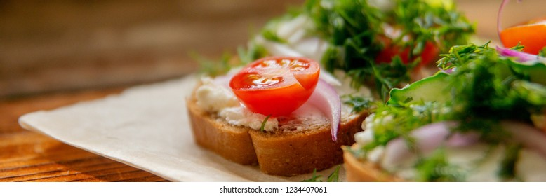 Wholesome sandwich with cheese, garden radish -Healthy Eating