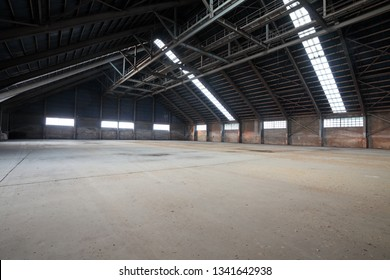 Wide warehouse space